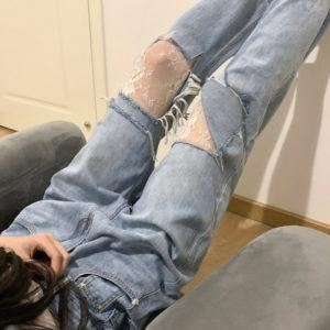 Extra Big Holes Baggy Jeans
